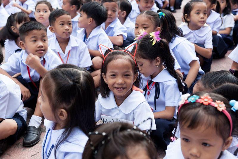 Ein Mädchen aus dem Projekt wird im jahr 2017 eingeschult