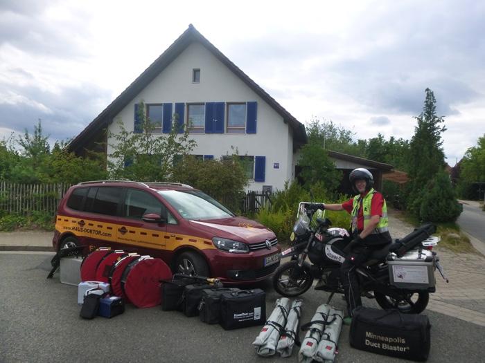 Fuhrpark und Messtechnik des Haus-Doktors Dipl. Ing.Michael Meyer-Olbersleben