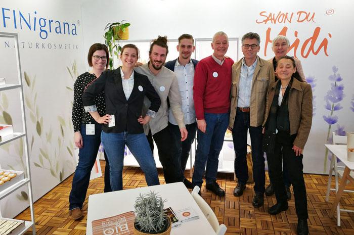 Das TREIBholz-Team mit den Gründern von Savon du Midi auf der BIOFACH-VIVANESS Messe in Nürnberg im Februar 2020