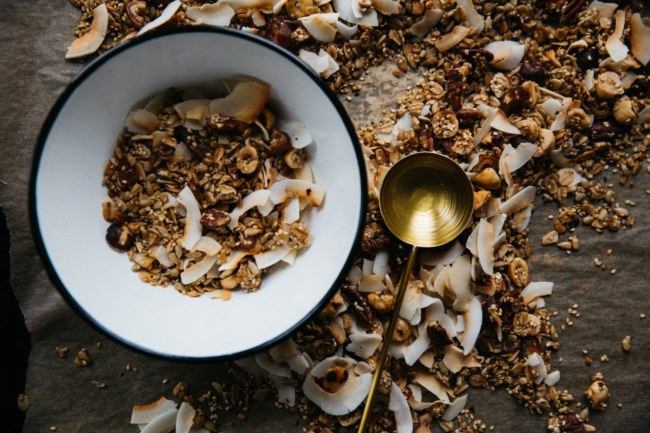 granola (unsplash)